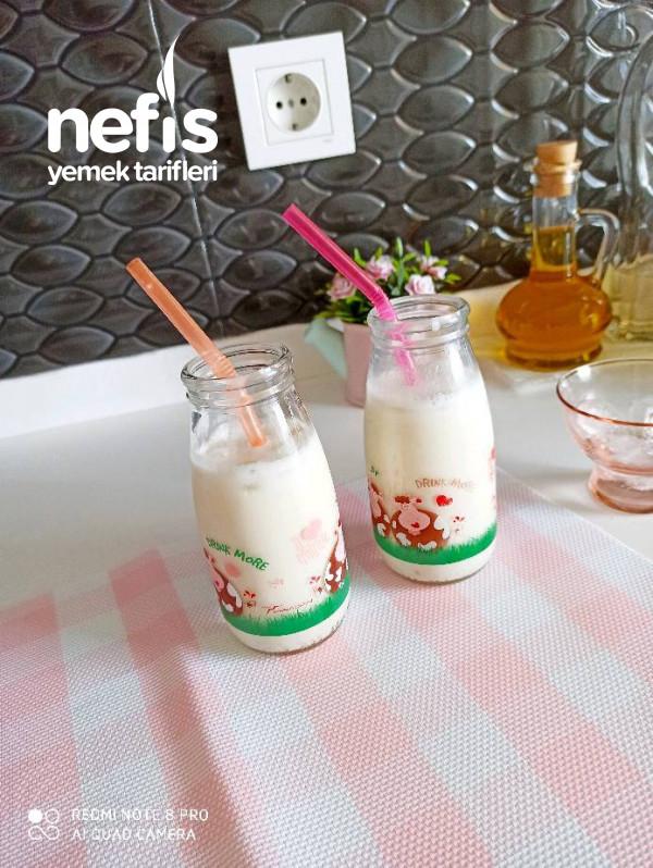 Muzlu Milkshake (Çocuklar Bayılacak)