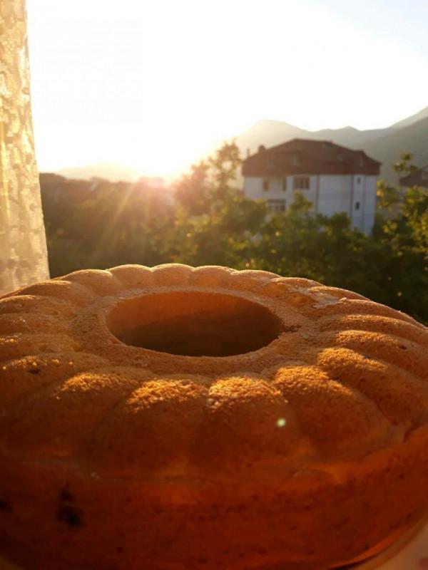 Frenk Üzümlü Kek