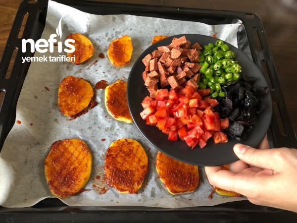Haftasonu Kahvaltısına Yakışır Bir Lezzet-fırında Patates Pizzası Tarifi