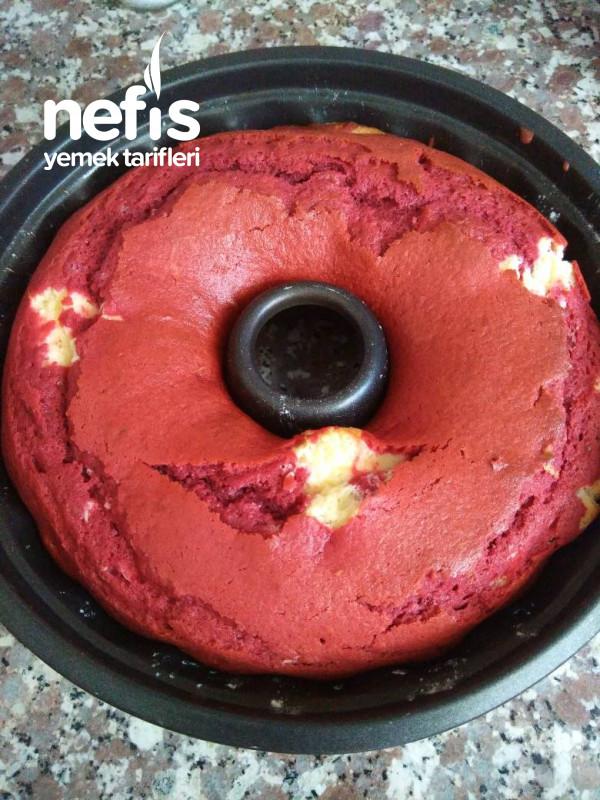 Kremalı Red Velvet Kek
