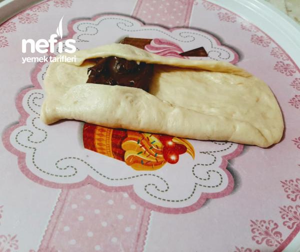 Cikolatalı Rulo Poğaça