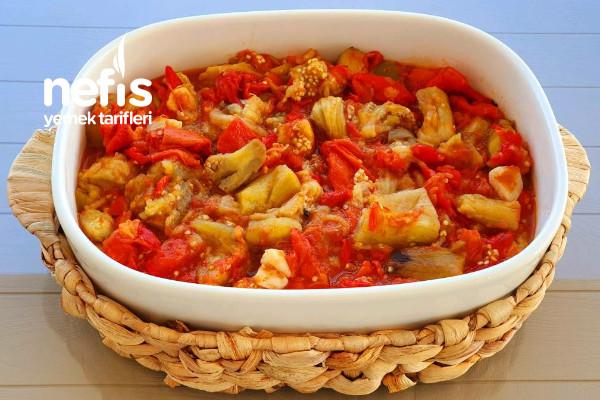 Közlenmiş Patlıcan Ve Biber Yemeği Tarifi