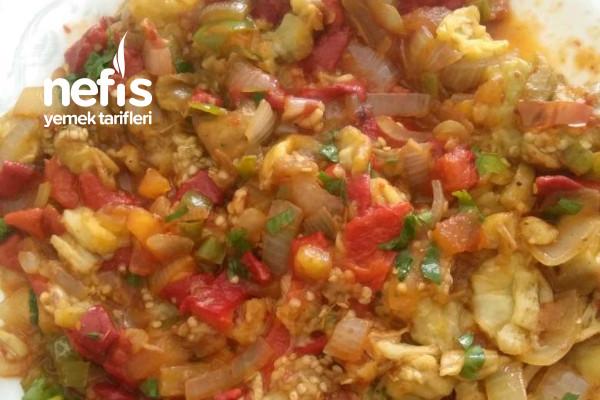 Közpatlıcanlı Salata Tarifi
