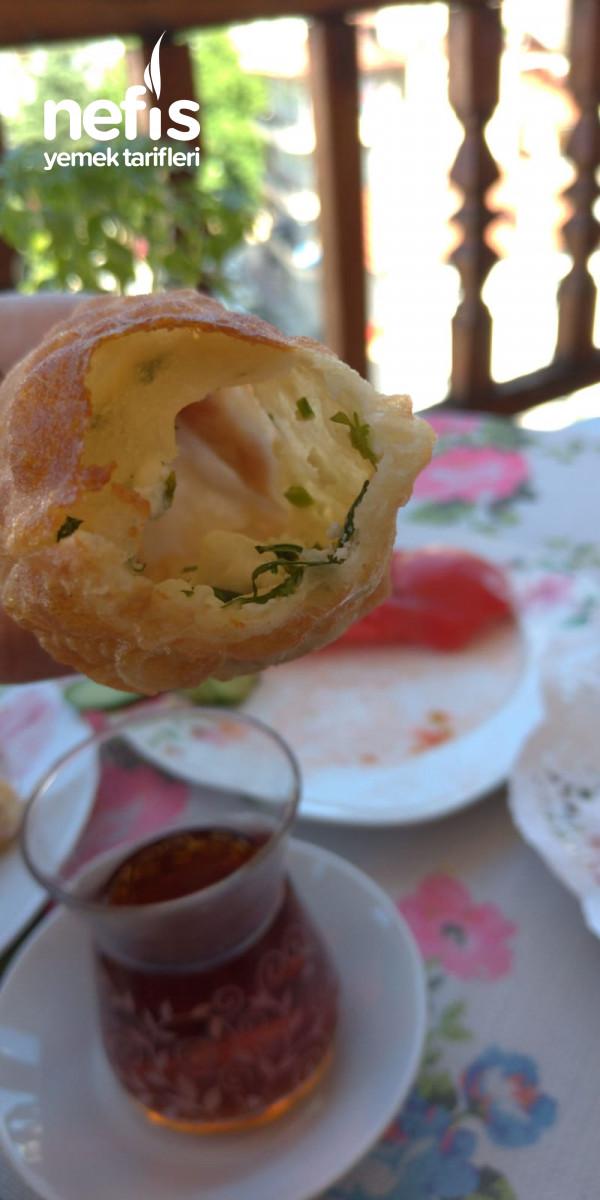 Annemin Puf Böreği