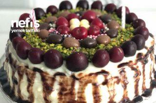 Doğum Günü Pastası Ve Kreması Tarifi