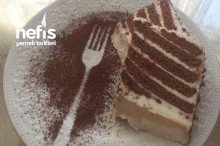 Dünyanın En Pratik En Lezzetli Bisküvili Pastası Tarifi