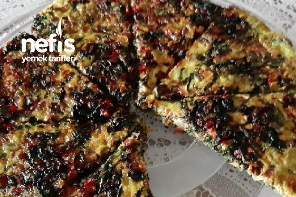 Mevsimlik Omlet (Pazı + Kırmızı Pancar Yaprağı) Tarifi
