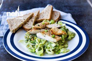 Cevizli Avokado Ezmeli Tavuk Salatası Tarifi