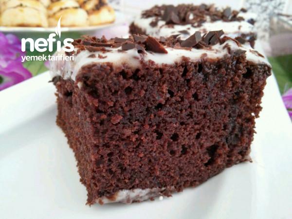 Çikolata Soslu Pamuk Kek (Kalabalık Misafirler İçin)