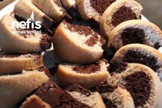 Kalıpta İki Renkli Kek (Yumuşacık Çikolatalı) Tarifi