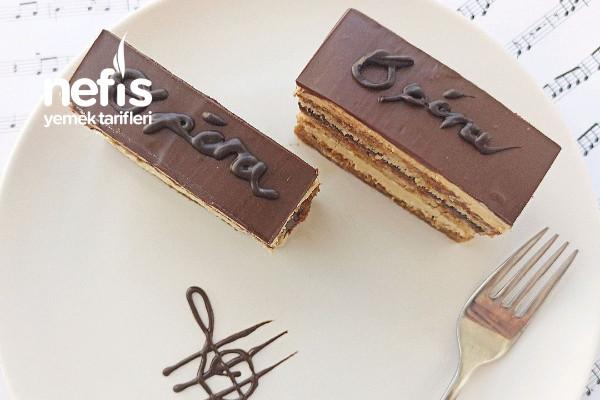 Opera Kek (Videolu)- Pastane Pastaları İle Yarışır Tarifi