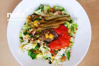 Tulum Peynirli Ton Balıklı Salata Tarifi