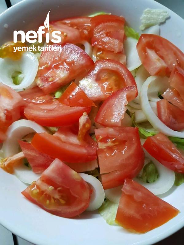 Hellim Peynirli Atom Salata