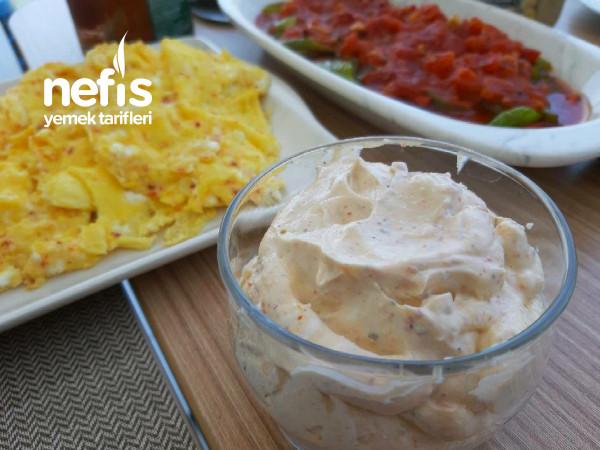 Kahvaltıda Krempeynirini Şenlendirin