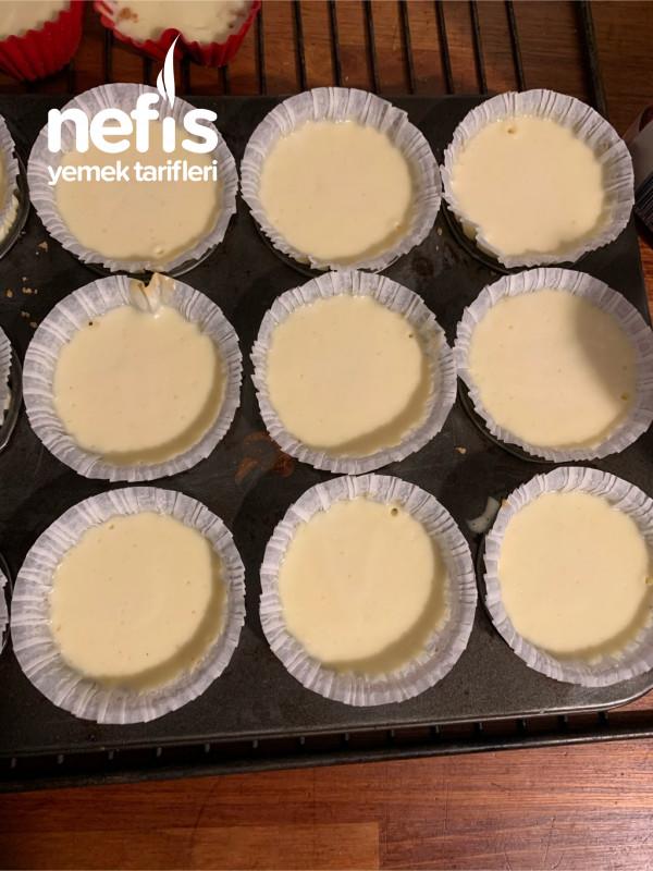 Az Malzemeli Çok Kolay Mini Cheesecake