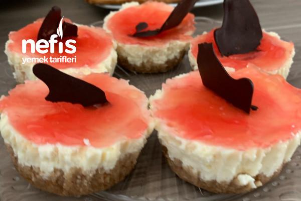Az Malzemeli Çok Kolay Mini Cheesecake Tarifi