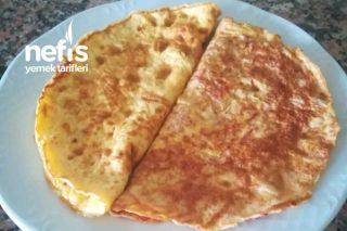 Beyaz Peynirli Ve Sucuklu Omlet Tarifi
