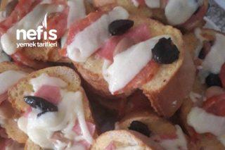 Kahvaltılık Bol Malzemoslu Ekmek Dilimleri Tarifi