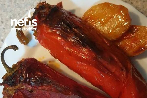 Kırmızı Biber Dolması (Fırında)