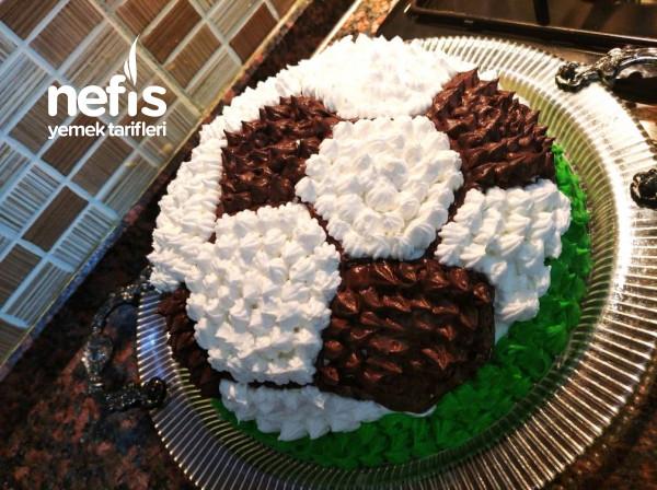 Futbol Topu Doğum Günü Pastası