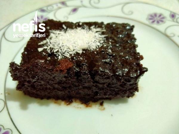 Browni Tatında Islak Kek