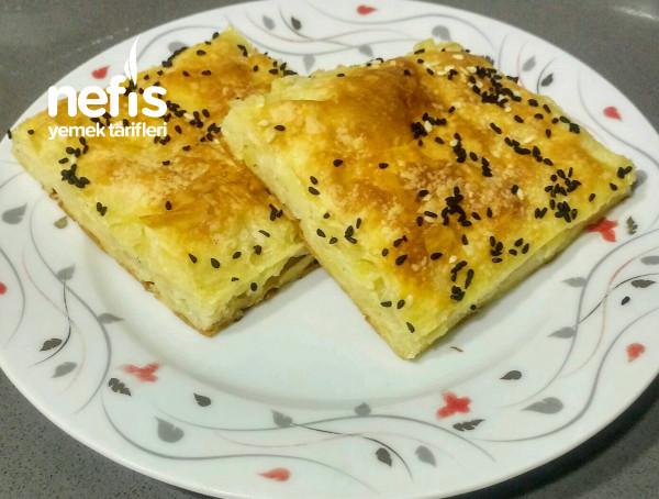 Çiğ Patatesten Kolay Tepsi Böreği