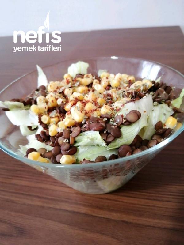Mercimekli Protein Salatası
