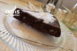 4 Malzemeli Islak Kek (Fırınsız) Tarifi