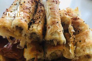 Baklava Yufkasından Kıymalı Patatesli Börek Tarifi