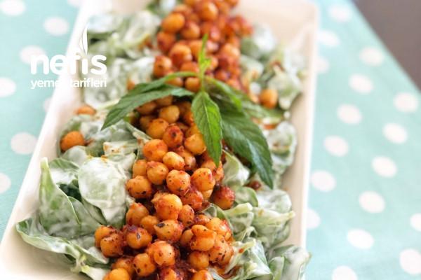 Nohutlu Semiz Otu Salatası Tarifi