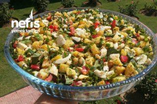 Yedikçe Yediren Yumurtalı Patates Salatası Tarifi