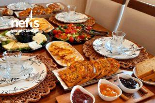 Hafta Sonuna Özel Kahvaltı Sunumu (Mutlaka göz atın derim ) Tarifi