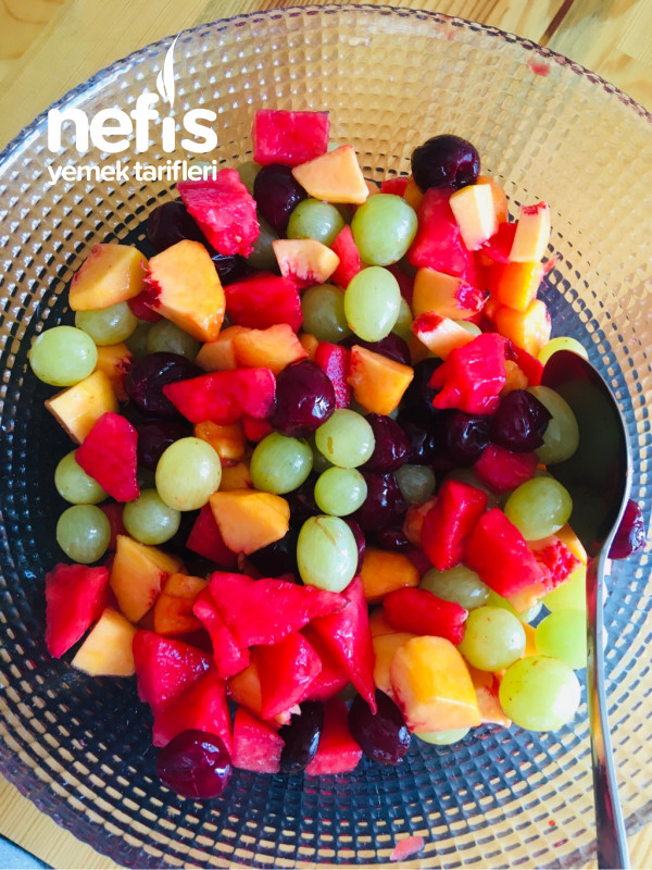 Meyve Salatası