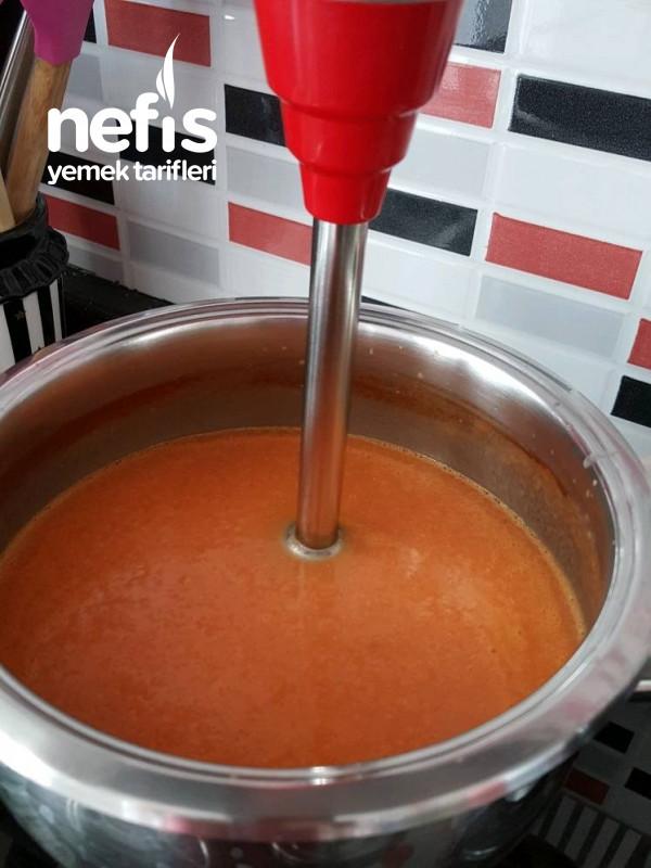 Nefis Domates Çorbası
