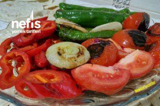 Et Yemeklerinin Yanına Közlenmiş Sebze Salatası Tarifi