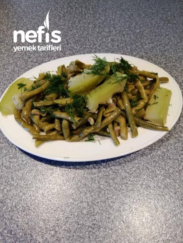 Ege Usulü Taze Börülce Salatası (Yağlı/tuzlu)