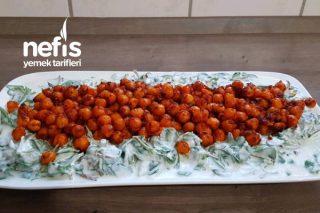 Semiz Otu Salatası (Nohut Soslu) Tarifi