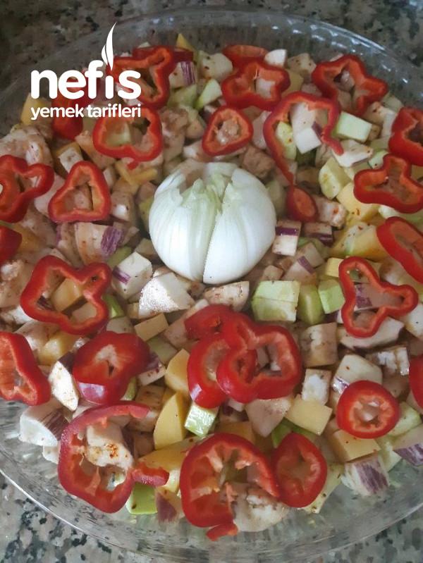 Pratik Yaz Sebzeli Fırın Yemeği
