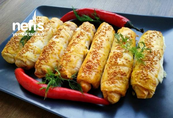 Patlıcanlı Börek ( Özel Sosu İle/Buzlukta Saklamalı)