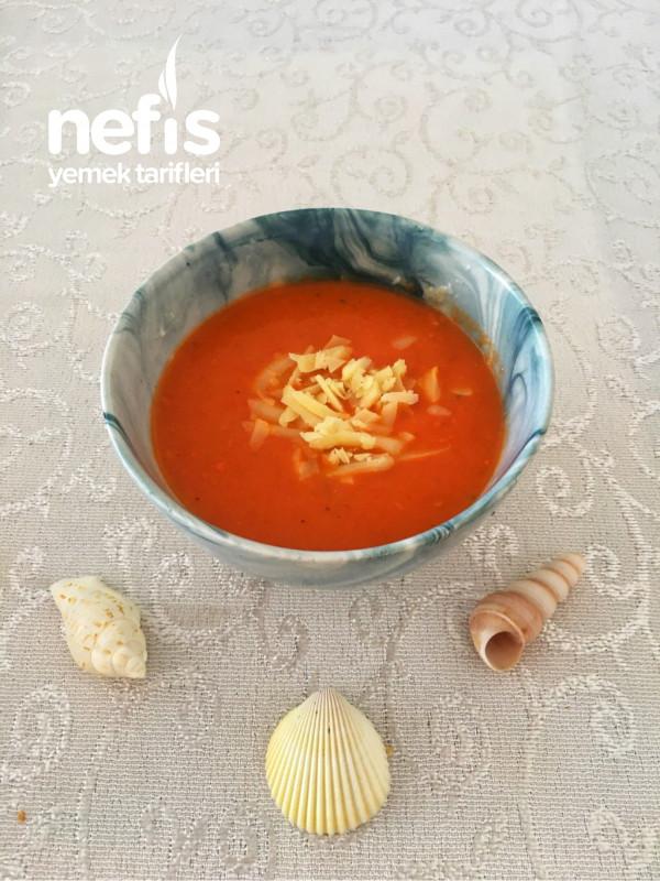 Fırında Közlenmiş Domates Çorbası