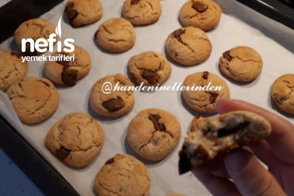 İncirli-Parça Çikolatalı-Fındıklı-Bademli Kurabiye Tarifi