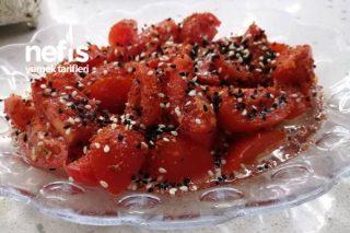 Hem Lezzetli Hem Pratik Çeri Domates Salatası (Tavsiye Ederim) Tarifi