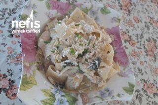 Kremalı Mantarlı Tavuk Papardelle Tarifi