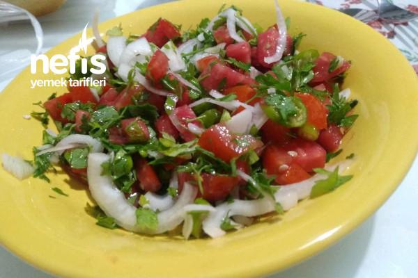 Muhteşem Salatam Ve Sosu