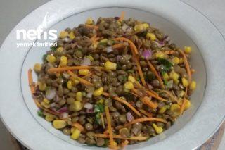 Besleyici Ve Doyurucu Yeşil Mercimek Salatası Tarifi