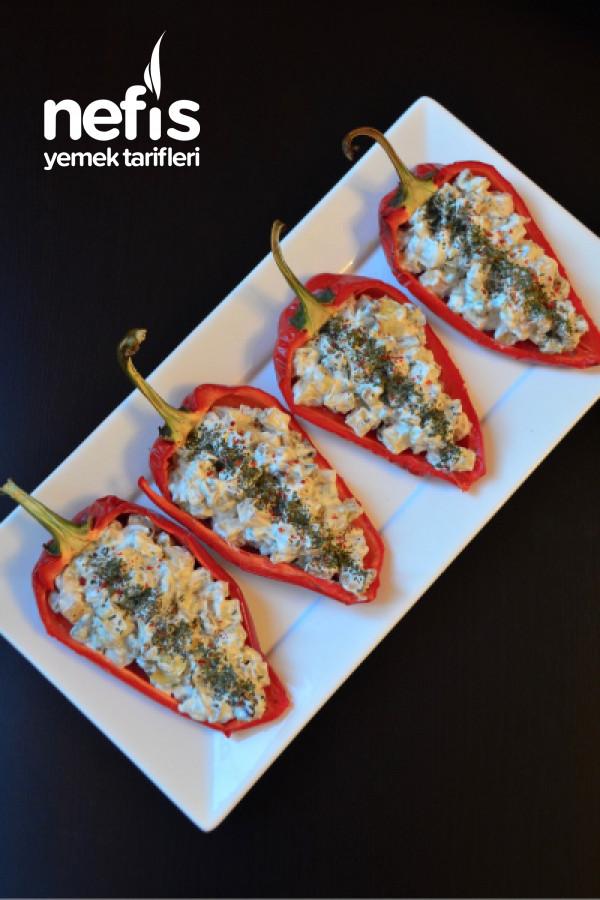 Sebzeli Kırmızı Biber Kayığı