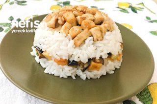 Tavuklu Kızartmalı Pirinç Pilavı Tarifi