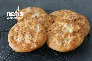 İkea' nın Sarımsaklı Ekmek Tarifi (Videolu)