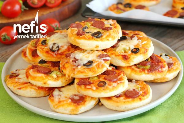 Kahvaltılık Mini Pizza Tarifi (videolu)