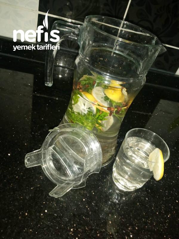 Detoks Suyu (Bağışıklık Güçlendirici)